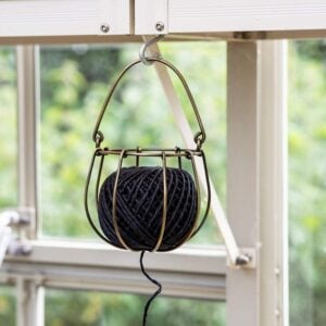 String Ball Holder 1
